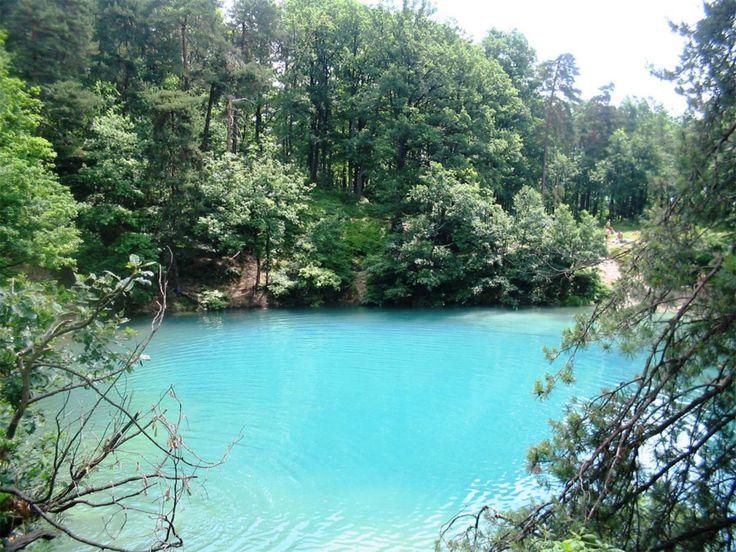 Lacul Albastru – exoticul din inima Maramureşului