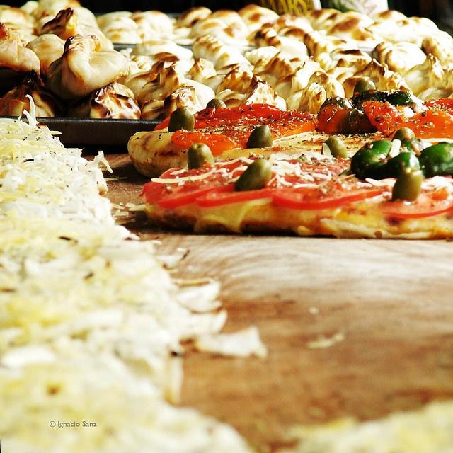 Divina Pizza | Via borgo allegri 50 r | Firenze  | divina@ladivinapizza.it The best pizza!!!