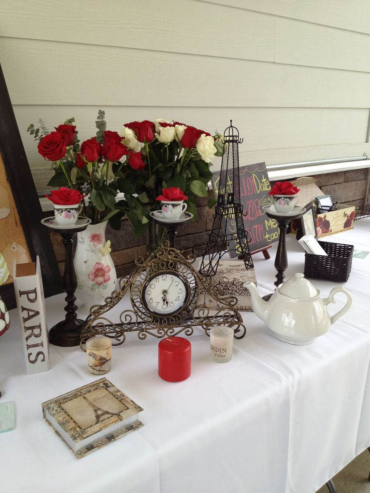 Beauty and the Beast theme wedding shower. Reception area. Red roses.
