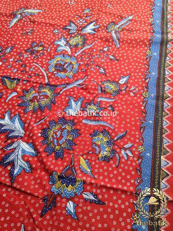 Bahan Kain Batik Tulis Floral Boketan Biru Latar Merah | #Indonesia Traditional #Batik Tulis #Design. Hand-dyed and HandDrawn Process http://thebatik.co.id/kain-batik-bahan/batik-tulis/