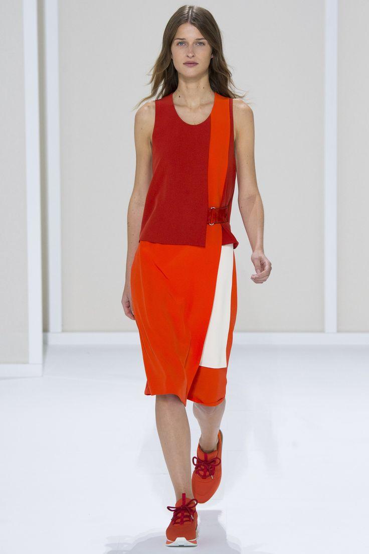 Hermès Spring 2016 Ready-to-Wear Fashion Show - Regitze Christensen