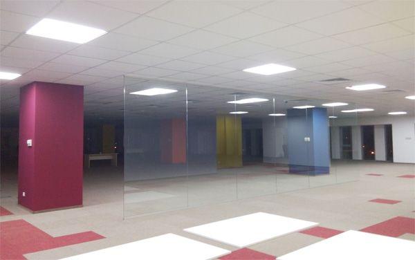 http://www.glass-elements.ro/produse/compartimentari-interioare-2/