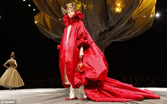 Alexander McQueen, The Girl Who Lived in the Tree.