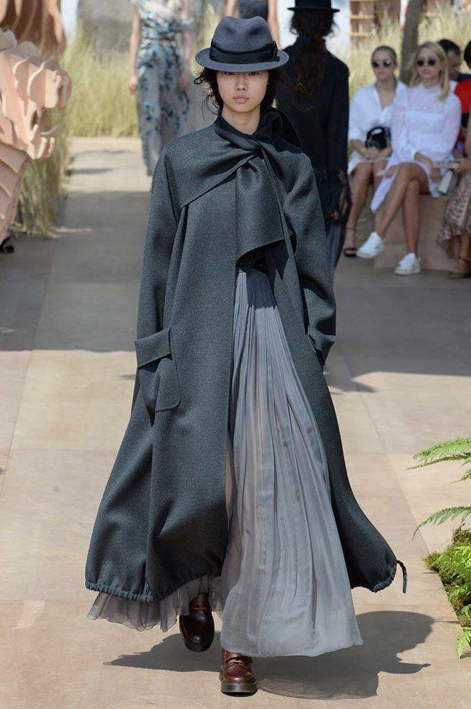 Christian Dior Fall 2017 Couture Fashion Show - Sijia Kang