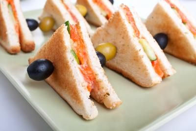 Salmon and cucumber sandwich wedges