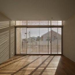 LucentCourtHouseの部屋 寝室 (撮影:岡本公二)