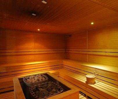The Finnish sauna in the Vital Center of the Hotel Petrarca Terme / La sauna finlandese del Vital Center dell'Hotel Petrarca