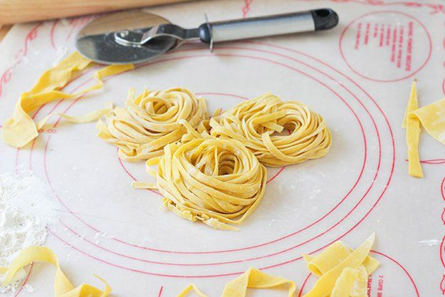 Learn how to make pasta with this easy pasta recipe! Homemade pasta never tasted so delicious and you can use it to make the best pasta recipes even better!