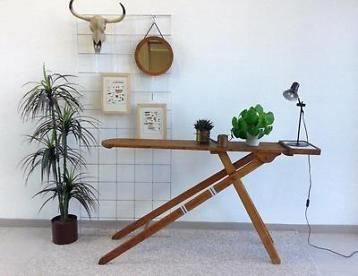 Antieke strijkplank als sidetable brocante tafel industrieel