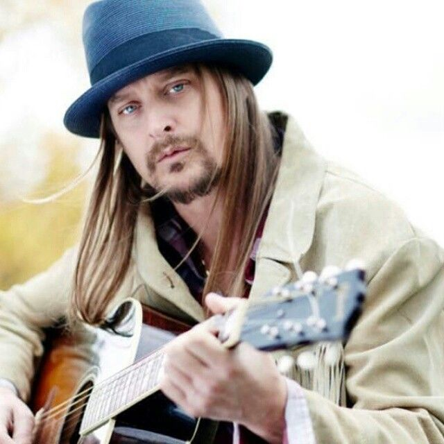 I love you Kid Rock!Awesome picture of him.