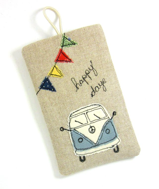 Sweet sweet! iPhone 5 Cover VW Camper in Duck Egg