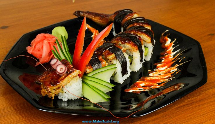 Dragon sushi roll (amazing) @makesushiorg #food