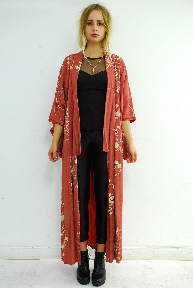 1950′s vintage kimono.Beautiful red kimono with a cream cher ... | Kimono Casual