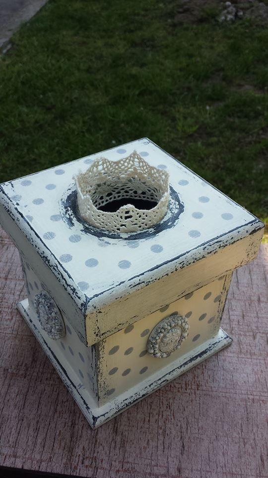 Tissue box - My Lady