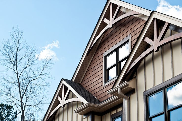 Best 25 craftsman style exterior ideas on pinterest for Craftsman style gables