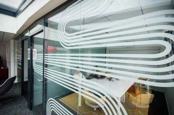 MOSWO | le privé | The Links | agencement | bureaux | design d'espace | open space | co-working | transparence | vitrophanie | signalétique | adhésif sablé