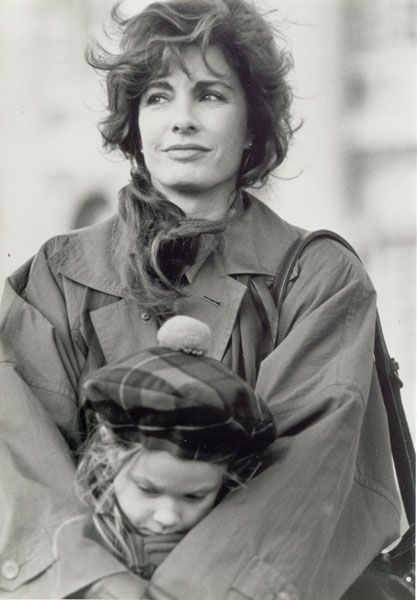 PATRIOT GAMES Anne Archer PICTURES PHOTOS and IMAGES