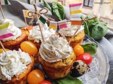 Капкейки с форелью и зеленью! для теста: 4 столовые ложки отрубей 3 яйца 1 ч.л. разрыхлителя творог валио 250 гр 0,3% жирности куркума на кончике ножа соль и специи по вкусу зелень сухая: французские травы свежая зелень для начинки: свежая зелень рыба 20 гр  Все ингредиенты для теста смешать: разбить яйца, добавить них отруби, вымешать, посолить, добавить разрыхлитель и творог. Специи и зелень добавить в тесто.==>>>