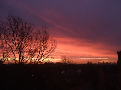 Five minutes later, the sky has developed into this! Taking my breath away.