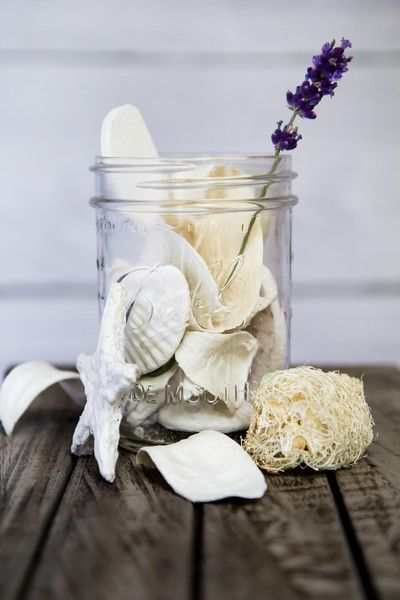 Łazienka nigdy już nie będzie taka sama. Dekoracje mogą być zastąpione również wacikami, drobnymi kosmetykami. To nie jest zwyczajny słoik.