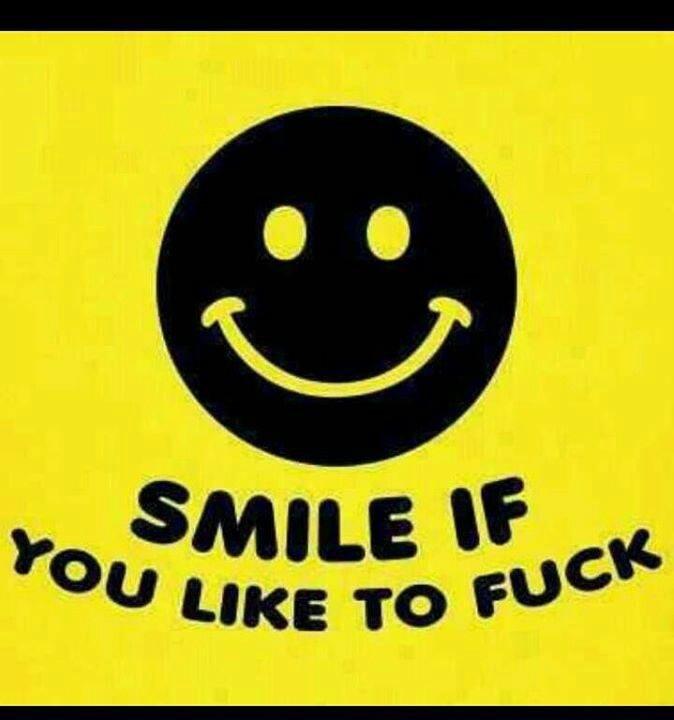 blowjob-smiley-face-aim-selena-gomez-giving-a-handjob-gifs