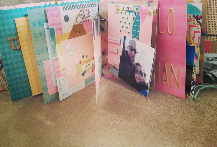 Interior mini álbum en monográfico con #losmundosdesand