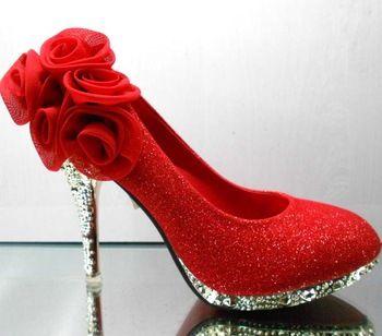 rode bloem hoge hakken schoenen trouwschoenen formele kleding schoenen goud strass cheongsam schoenen