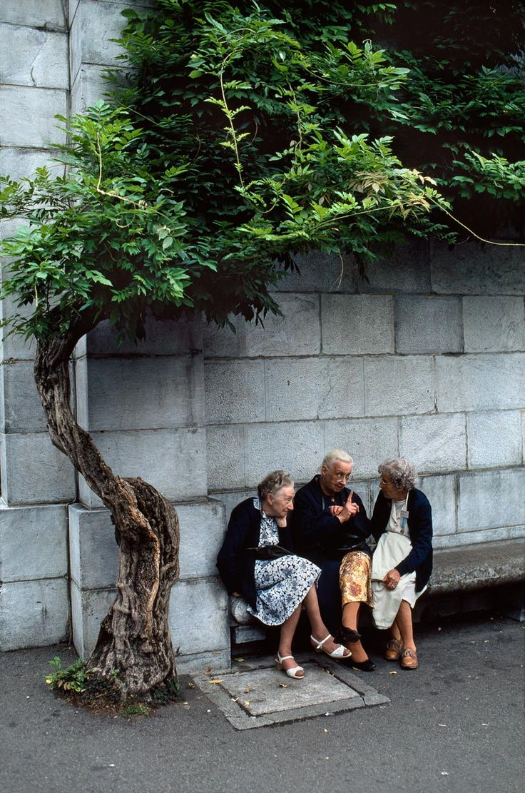 friends ;) | taken in france by steve mccurry