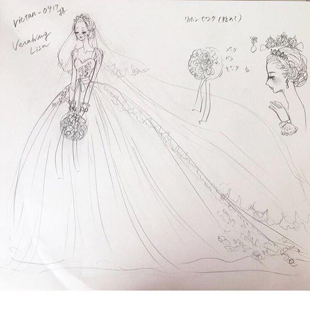 うわあ〜😭😭😭 . . 100倍美化されているけど、嬉しくて嬉しくて😍❣️❣️❣️ . . ハワイでリサを着る夢は叶わなかった為、ハワイの髪型とブーケを合わせてもらいました😌💐💕 . . #もはや誰?レベル🙄 #ごめんなさい、私です🙇笑 #これとは違うデザインに色を塗ってもらいます✏️ #完成楽しみ😻 . . #れいたん結婚式#プレ花嫁#花嫁#プレ花嫁卒業#卒花#卒花嫁#marry#日本中のプレ花嫁さんと繋がりたい♡#結婚式レポ#marry花嫁#ウェディングニュース#marry#farnyレポ#ヴェラウォンお譲り#ヴェラウォンリサお譲り#ヴェラウォンリサ#ヴェラウォン#marryxoxo#ポーセラーツ#プリザーブドフラワー