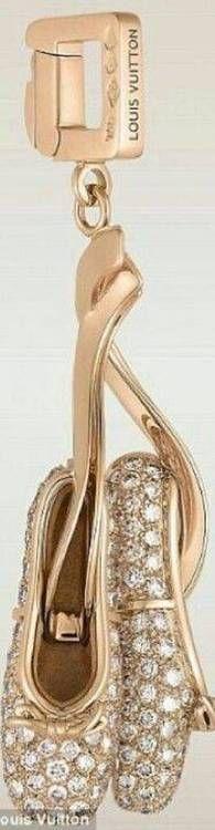 Jewelled ballet slipper key ring!