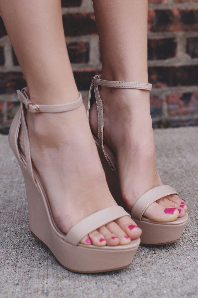 Natural Buckle Ankle Strap Platform Wedge VIVI-41B – UOIOnline.com: Women's Clothing Boutique