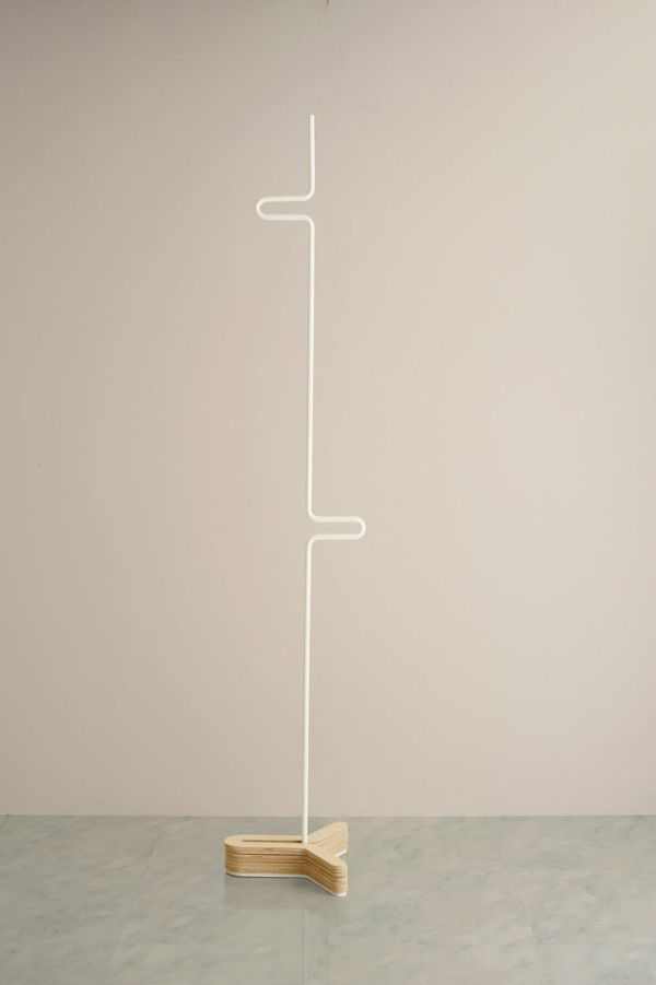 HC Hanger: A Simple Clothes  Coat Rack Photo