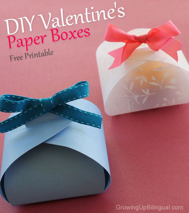 Easy DIY paper gift boxes tutorial and free printable template #valentines #paperboxes #paperflowers