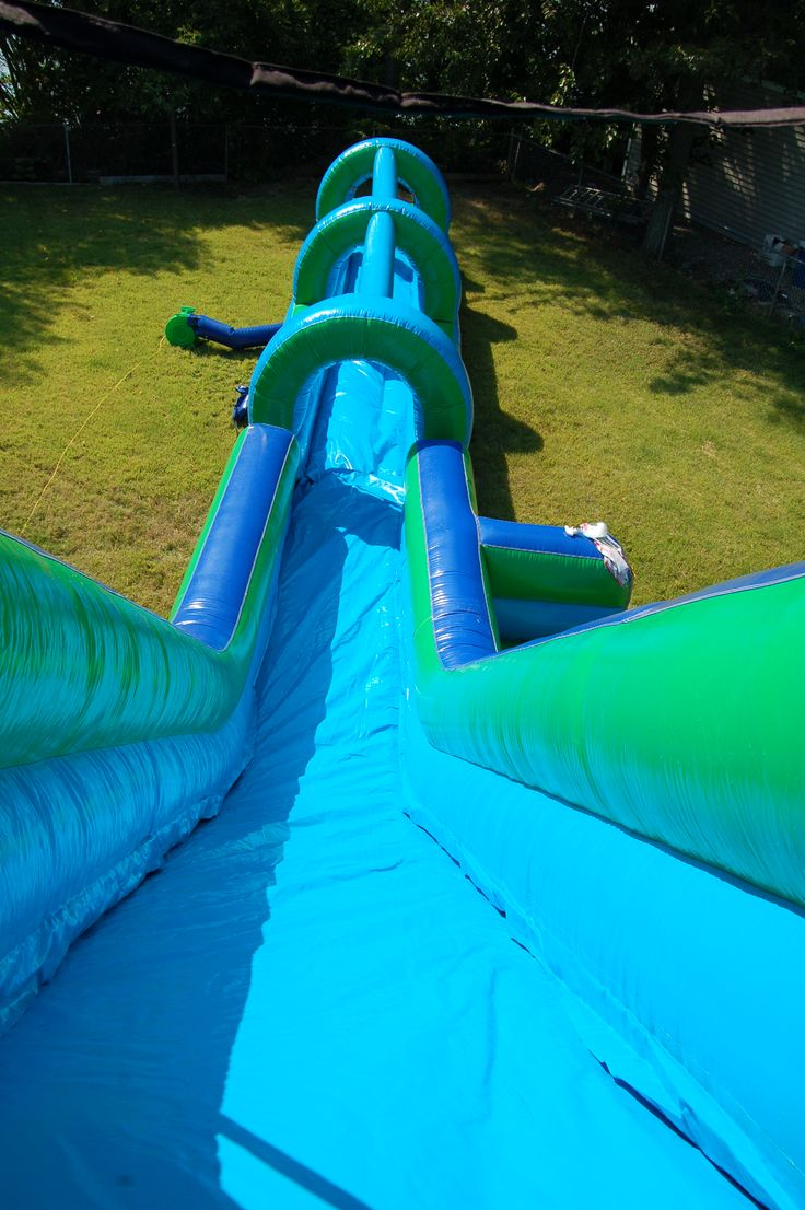 AMAZING INFLATABLE WATER SLIDE!! www.flosinflatables.com