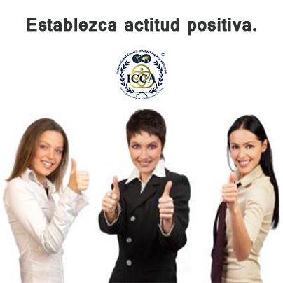 ¿Cómo ser un líder de calidad? 2.Establezca actitud positiva. No solo mediante un plan detallado, sino con palabras de encomio, elogiar logros, hacer preguntas de retroalimentación en equipo, dar buena reputación y sentido de compromiso a cada uno de los integrantes del equipo de trabajo. #LíderdeCalidad