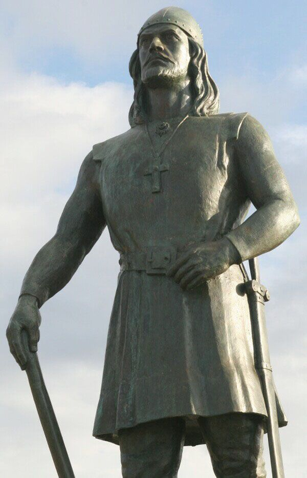 Leif Erikson - born 960 - 980 A.D. in Iceland -  died  1020 in Greenland.      He was a Viking Explorer and the first recorded European to set foot on the North American continent in the year 1000 A.D. in the area of northern Newfoundland, nearly 500 years before the discovery of the America's by Christopher Columbus in 1492.