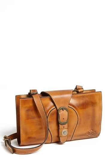 lovely leather clutch #fallmusthave
