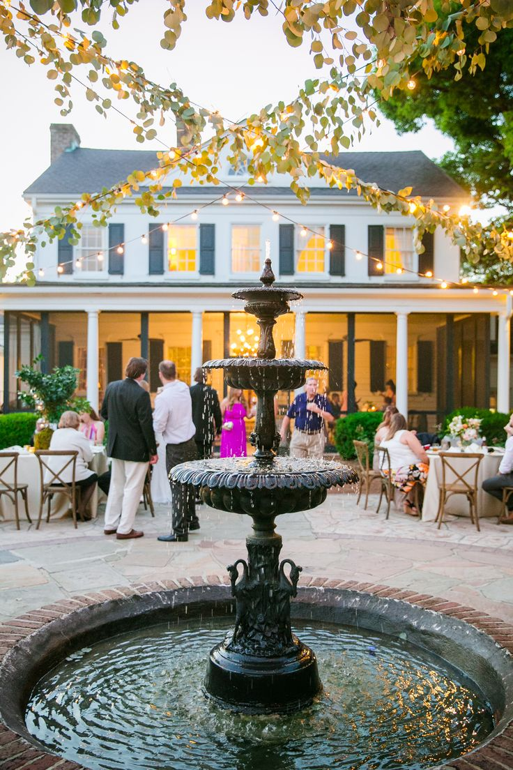 """Charleston, SC is home to destination wedding venues dripping in charm. Say """"I do"""" in one of the most celebrated destinations in the world."""