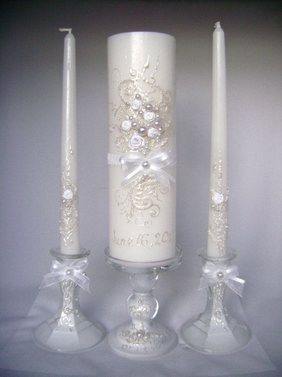 Elegant Wedding unity candle set in white, 3 candles and 3 candleholders, hand decorated wedding candles.