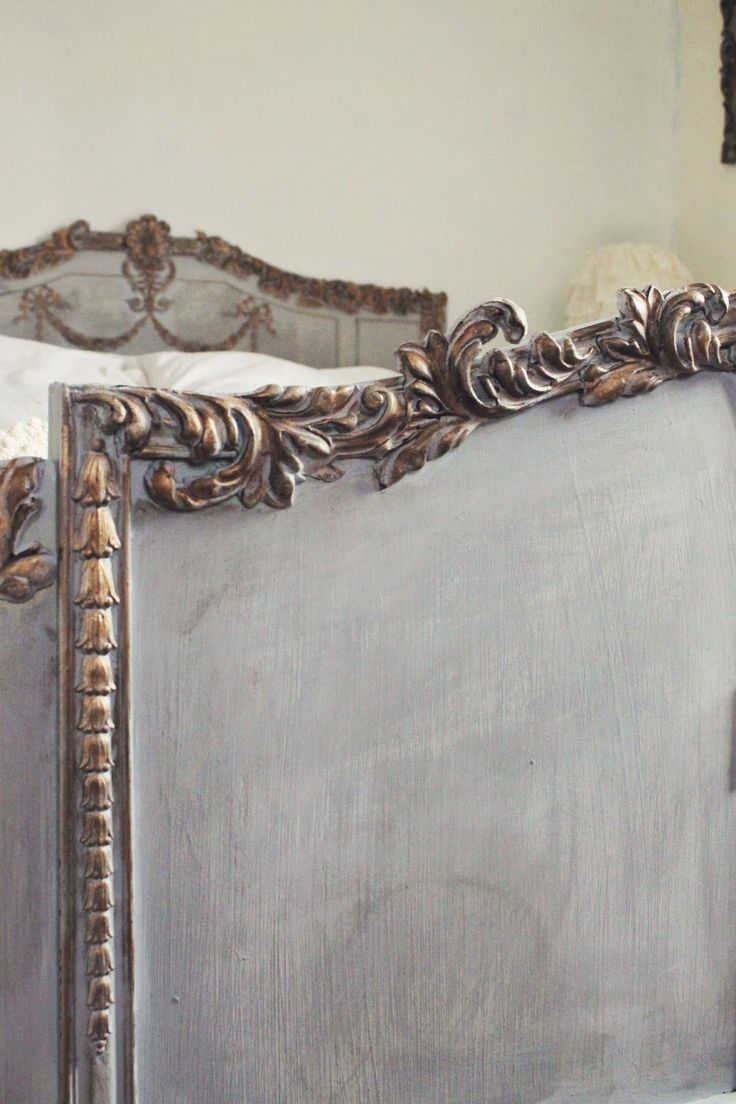 Window sill and casing beadboard window pediment casing painting - By Trios Petites Filles My Dream Bed Http Triospetitesfilles Blogspot Com