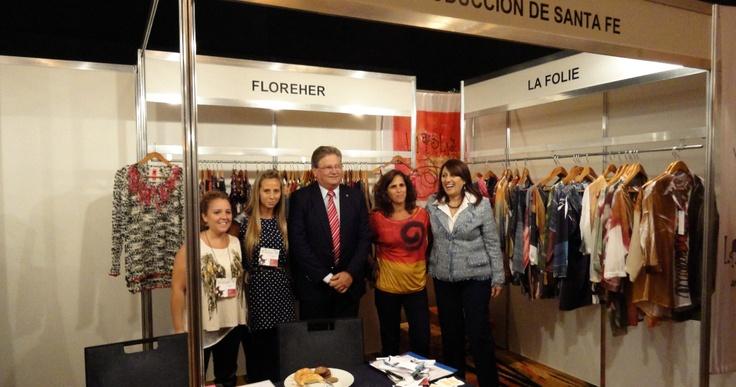 Lanzamiento de Temporada Otñ-Inv 013, en la Expo Gold Fashion con la presencia de la Intendenta de Rosario y el Ministro de produccion de la provincia.