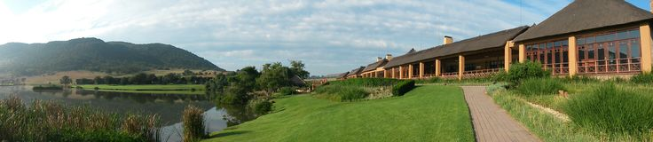 Panorama view of Kloofzicht Lodge Main building and Lake