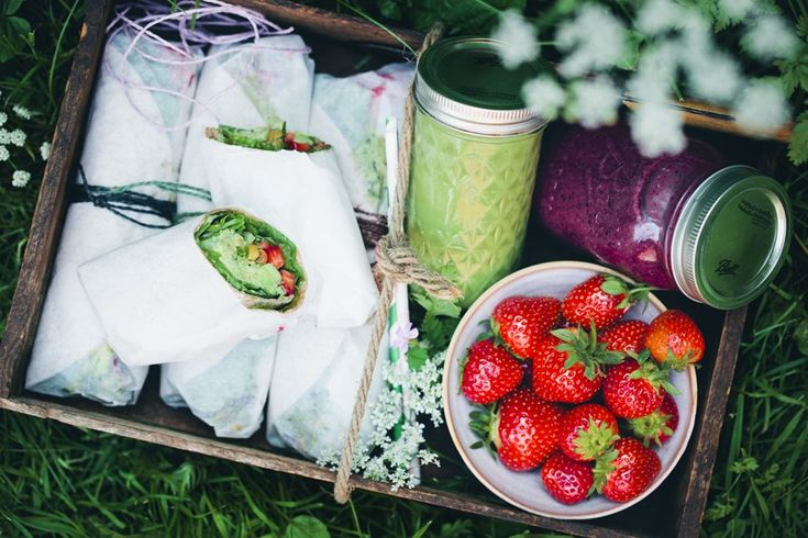 Before we get all summery with today's little picnic recipe,we wanted to shareacouple ofthings. #1.This not so small bump is aboutto give our lives a push into yet another direction – b…