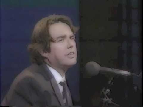 Jimmy Webb & Linda Ronstadt THE MOON'S A HARSH MISTRESS - YouTube