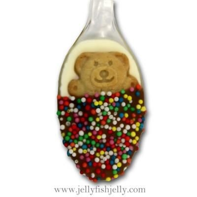 dipping spoon-this would be cute for christmas. White chocolate, teddy graham, and milk chocolate and sprinkles for the blanket.