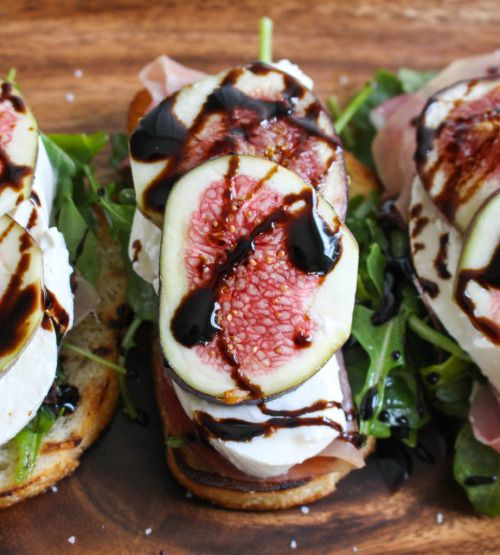 foodopia:  Grilled Crostini with Burrata, Figs, and Prosciutto