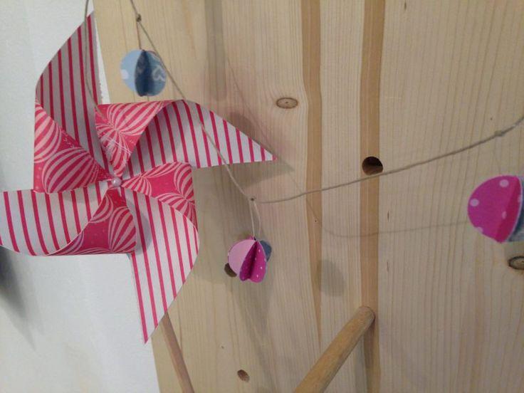 Pieghiamo, tagliamo, incolliamo e creiamo delle meravigliose decorazioni di carta! Adatto ai bambini quando: sabato 21 gennaio ore 16 costo: 10€ #bambini #carta #corsi