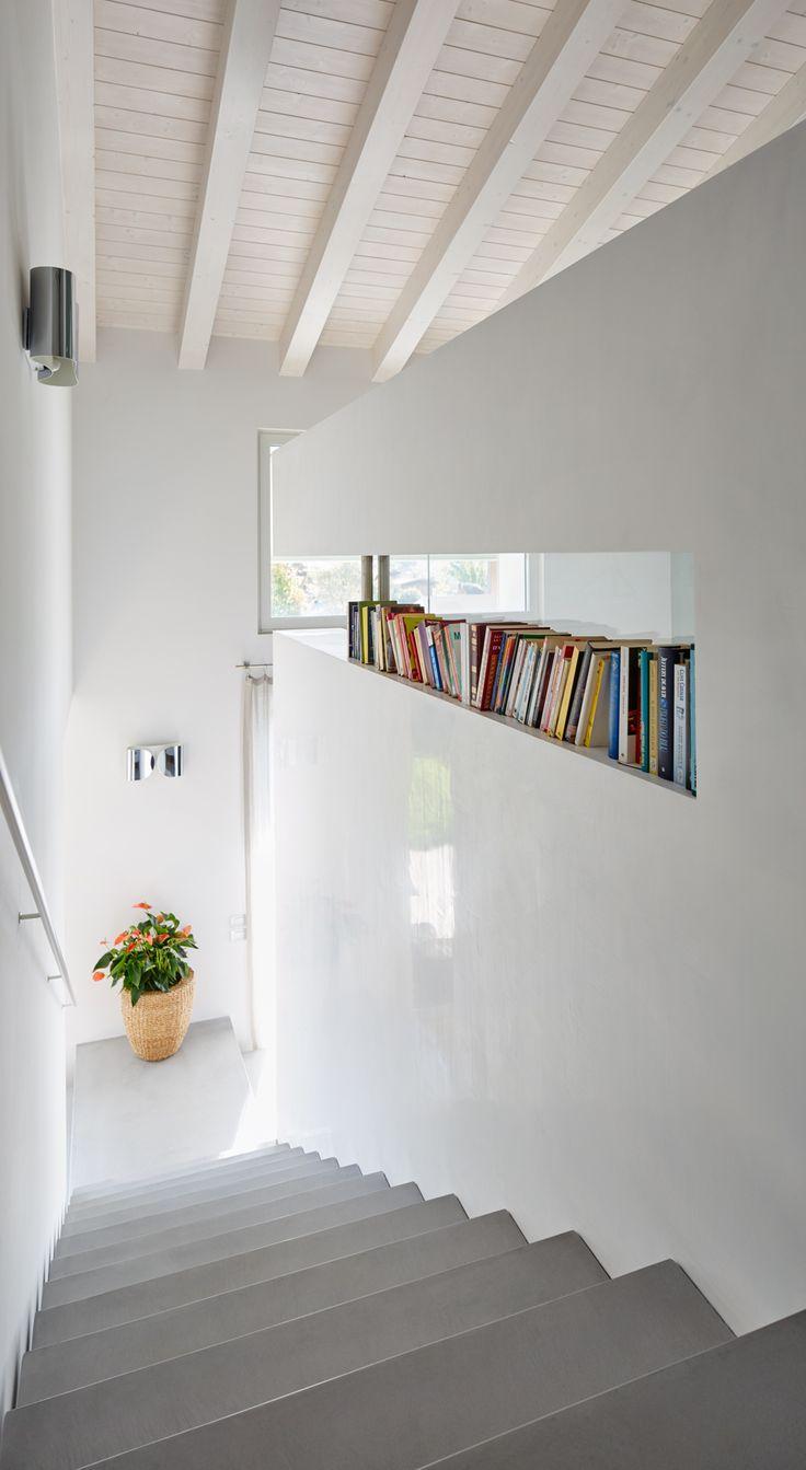 #Microtopping per le scale: spazio al minimal design. #minimaldesign #scale #designinteriors