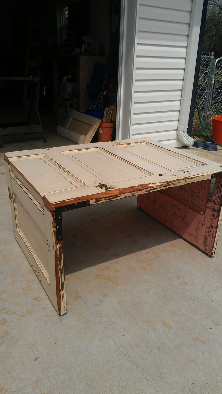 17 best images about door tables inspiration on pinterest for Old door into coffee table