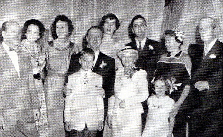 Julia (McWilliam) Child family.    From left: Paul Child, sister-in-law Josephine McWilliams, Julia, Ivan beside his mother (Pearl Marie Cousins), Dorothy, Julia's sister (standing behind Ivan), John McWilliams III, step-mother Phila, and John McWilliams, Jr. In the front row are John and Jo's first 2 children John IV (Jay) and Carol.